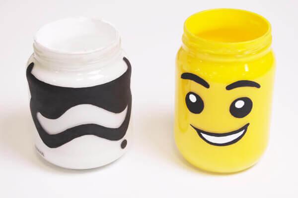 Fröhliche Lego-Buntstifthalter!